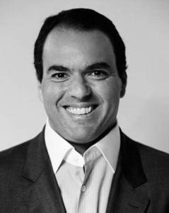 Gustavo Paro